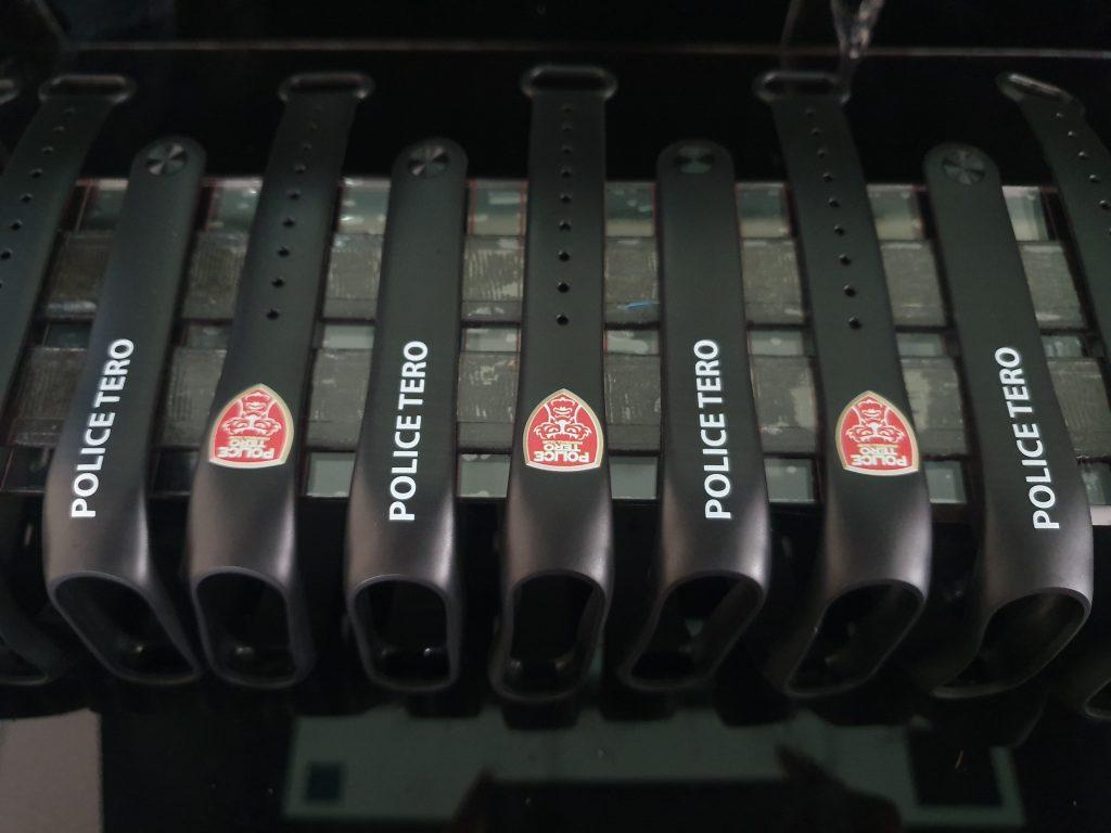 รับพิมพ์สมาร์ทวอทช์ ทุกรุ่น สายนาฬิกายาง สายนาฬิกาหนัง สกรีนโลโก้ รูปภาพ พิมพ์สีระบบ UV
