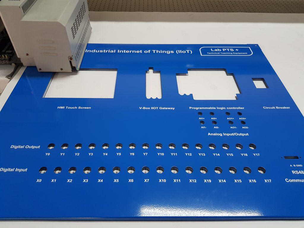 พิมพ์ฝาตู้สวิทช์บอร์ด ตู้คอนโทรล control board uv print